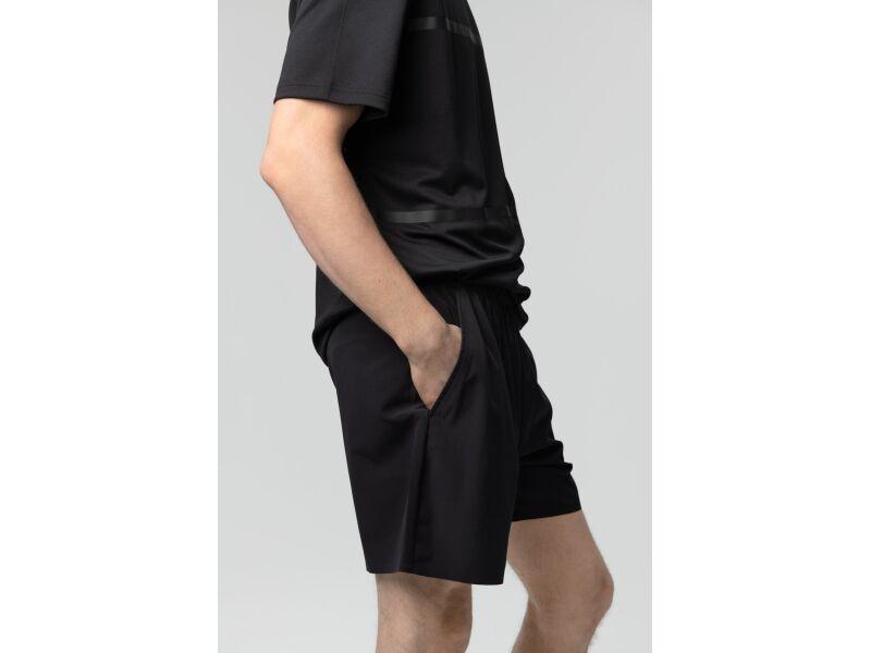 AUDIMAS Apranga Vid. ilgio lengvo tampraus audinio šortai Black